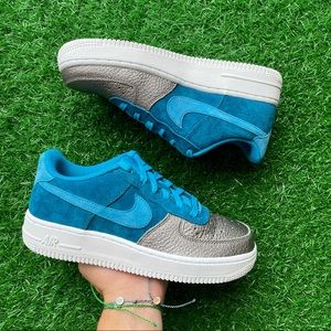 Nike Air Force 1 Qs